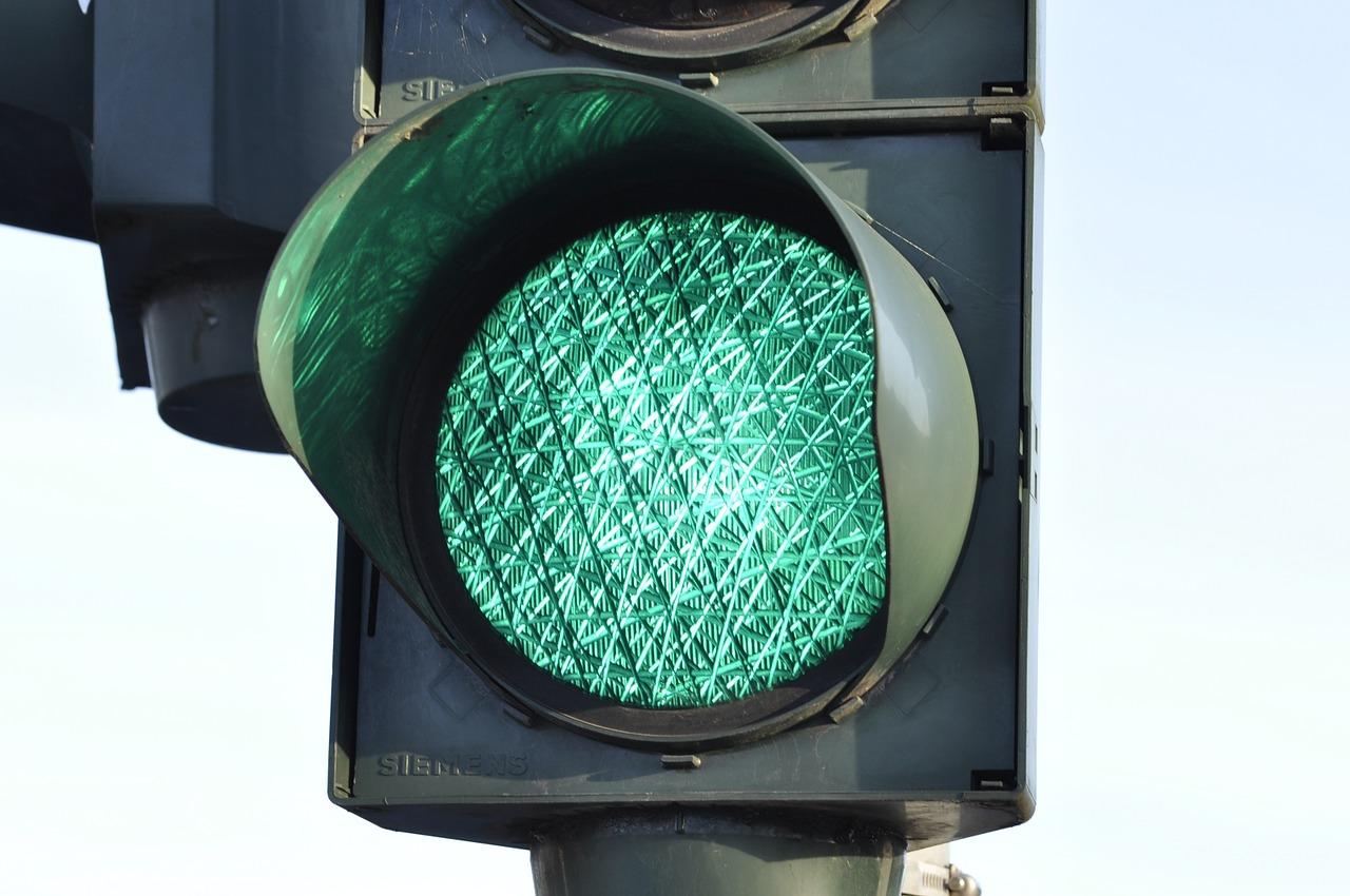 Kto wynalazł sygnalizację świetlną?